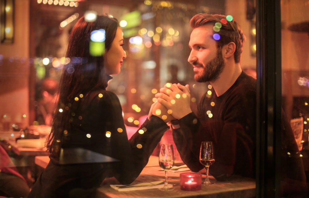 Romantiška vakarienė / Pexels nuotr.