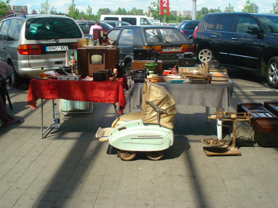 Akropolio blusų turgus / Facebook nuotr. / Turgus Vilniuje